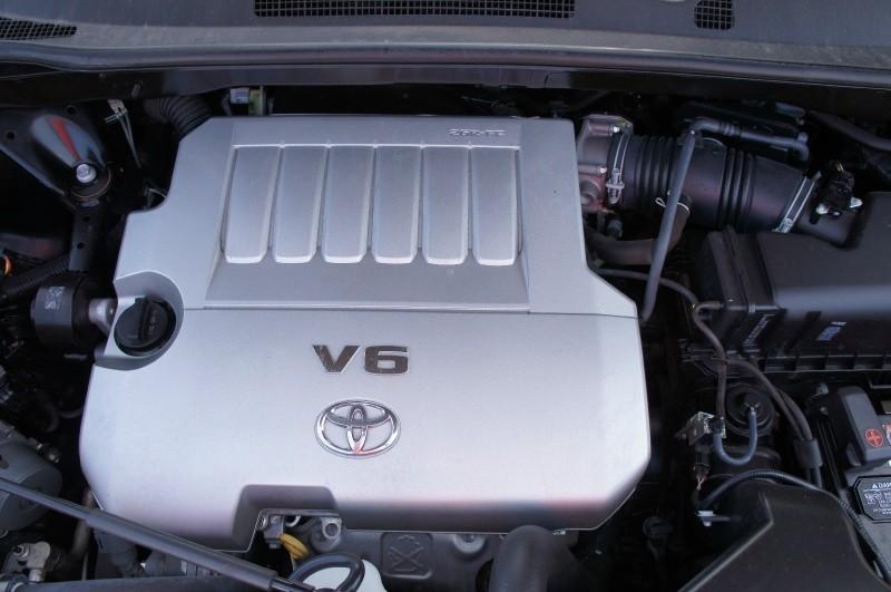 Toyota Highlander 2013 price $14,900