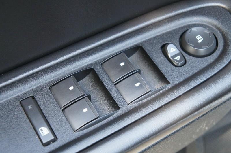 Chevrolet Traverse 2012 price $9,900