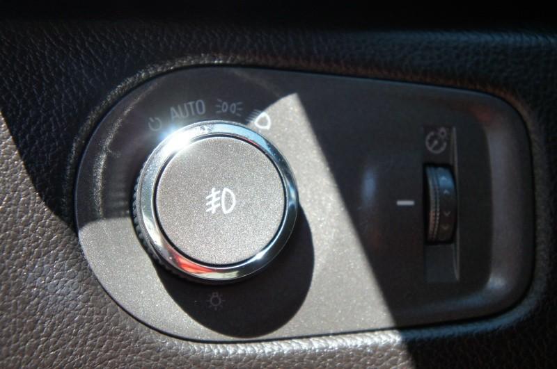 Cadillac SRX 2010 price $8,900
