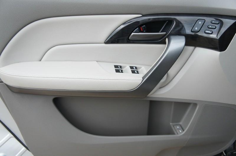 Acura MDX 2009 price $11,900