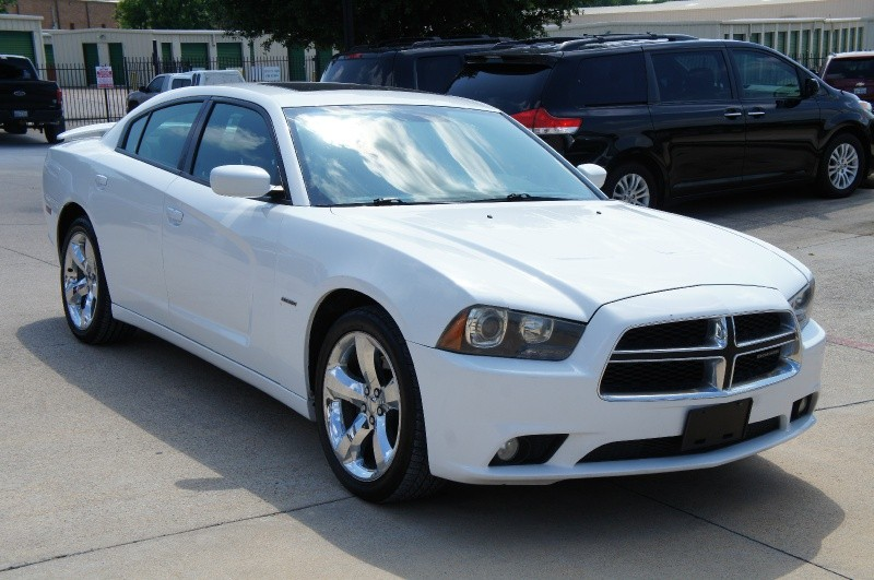 Dodge Charger 2011 price $11,950