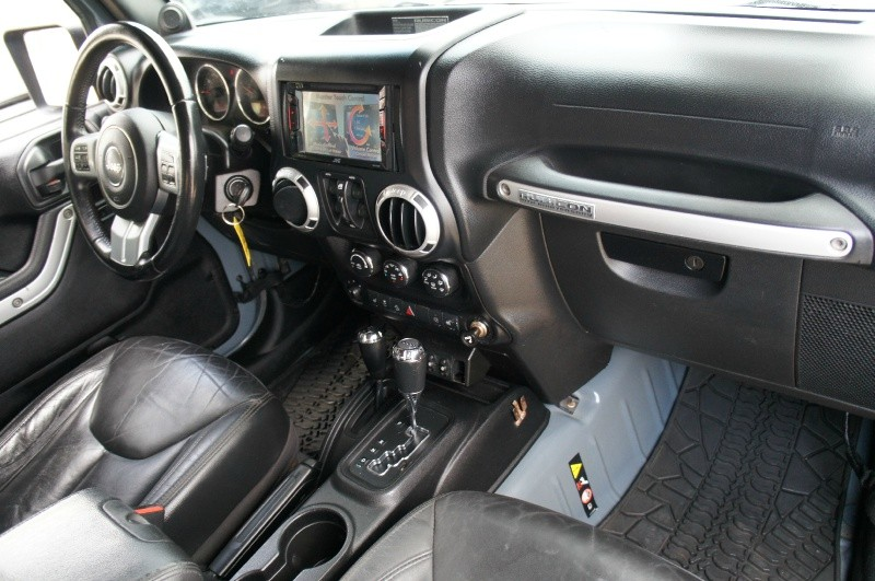 Jeep Wrangler Unlimited 2013 price $25,900