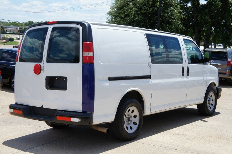 Chevrolet Express Cargo Van 2014 price $12,550