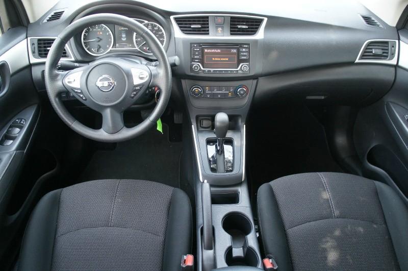 Nissan Sentra 2018 price $17,500