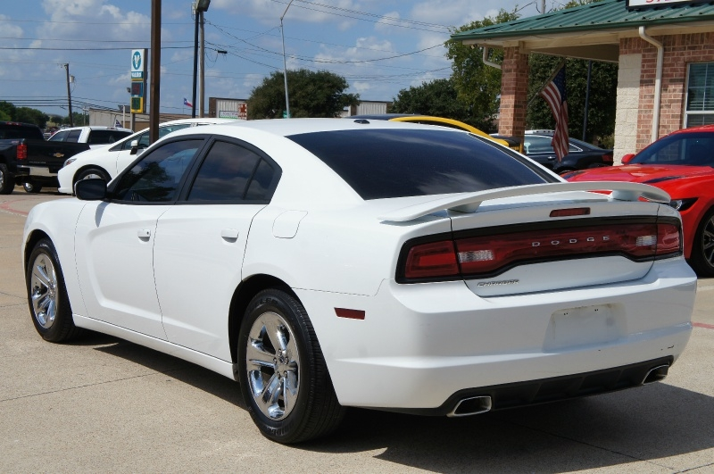 Dodge Charger 2013 price $10,900