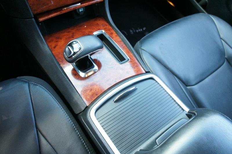 Chrysler 300 2014 price $14,900