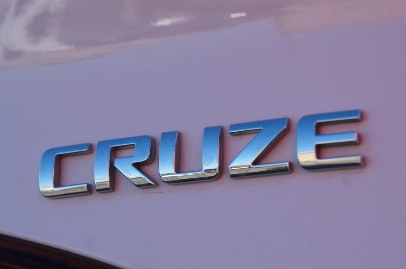 Chevrolet Cruze 2018 price $15,500