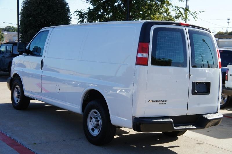 Chevrolet Express Cargo Van 2016 price $16,500