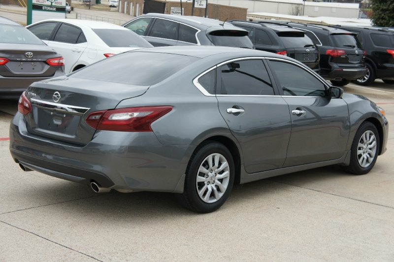 Nissan Altima 2018 price $14,900
