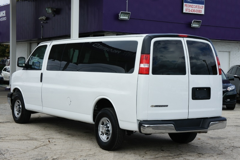 Chevrolet Express Passenger 2019 price $26,900