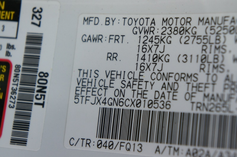Toyota Tacoma 2012 price $13,900