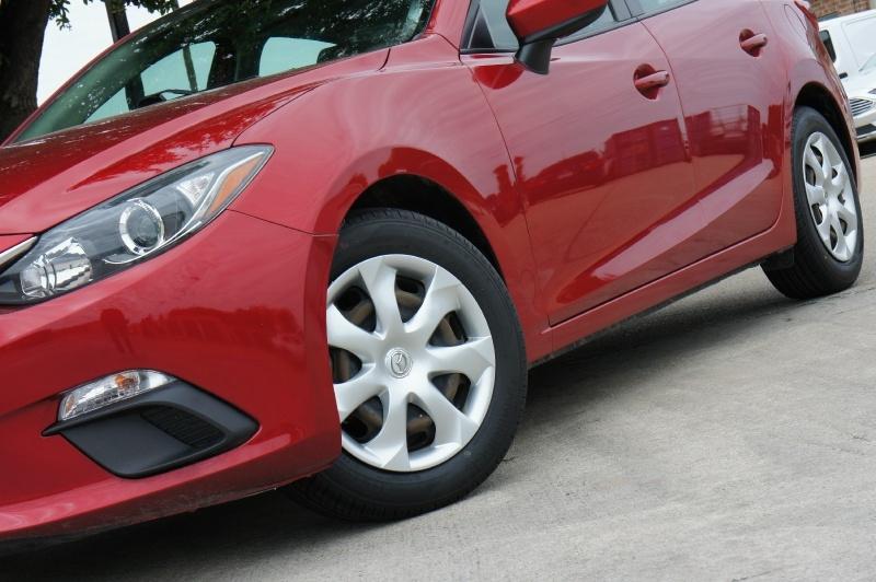 Mazda Mazda3 2016 price $11,750