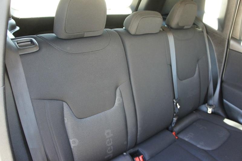 Jeep Renegade 2016 price $14,900
