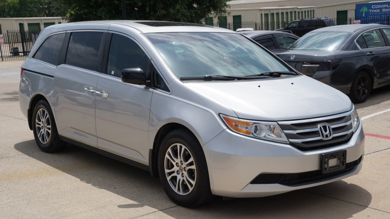 Honda Odyssey 2012 price $12,975