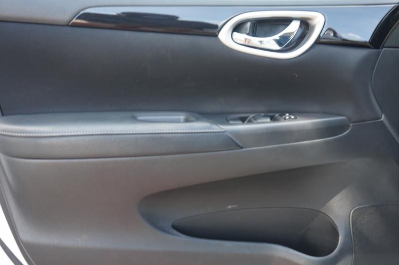 Nissan Sentra 2017 price $12,500