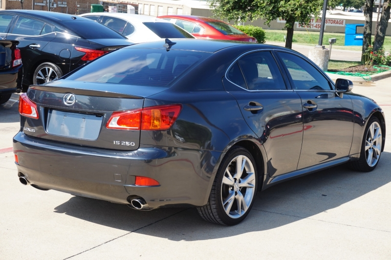 Lexus IS 250 2009 price $11,995