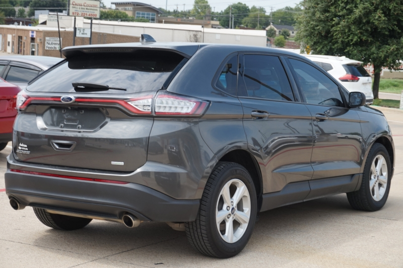 Ford Edge 2016 price $15,500