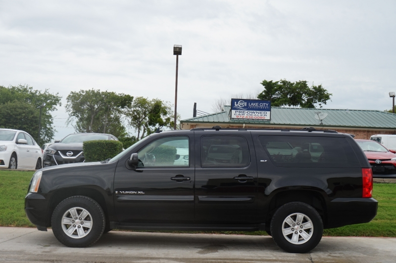 GMC Yukon XL 2008 price $13,995