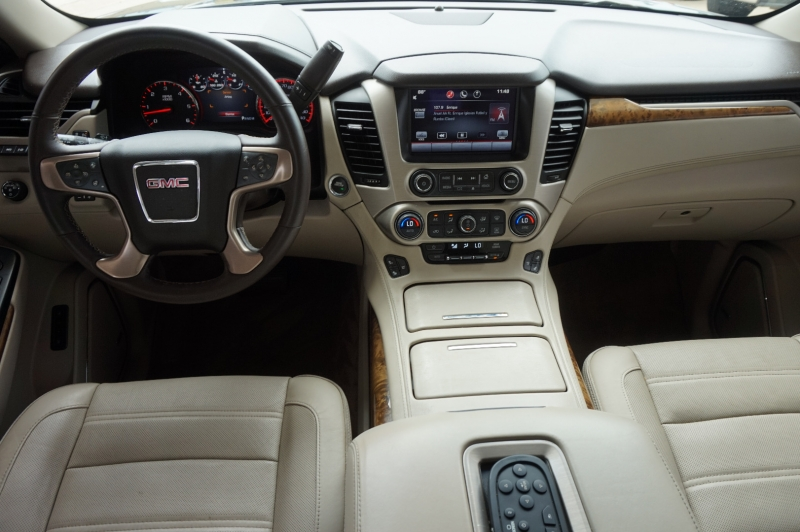 GMC Yukon 2015 price $32,550