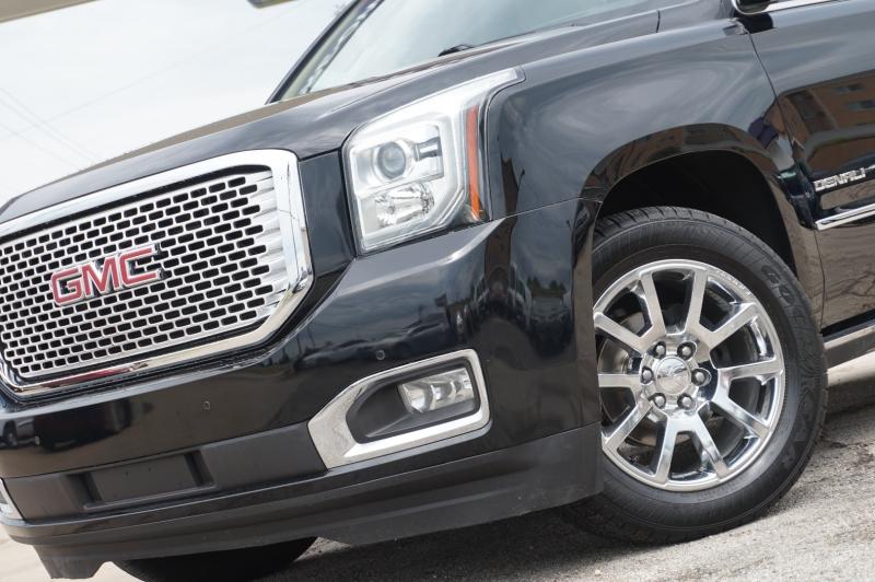 GMC Yukon 2015 price $32,550
