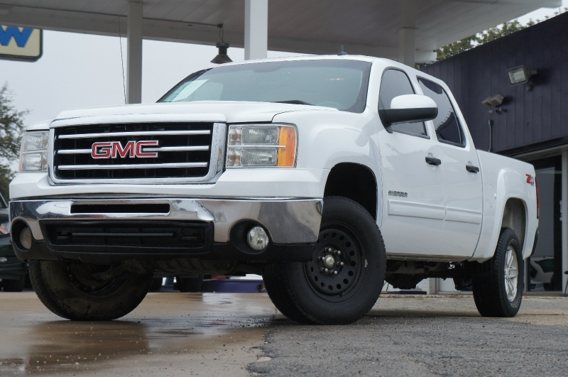 GMC Sierra 1500 2012 price $17,900