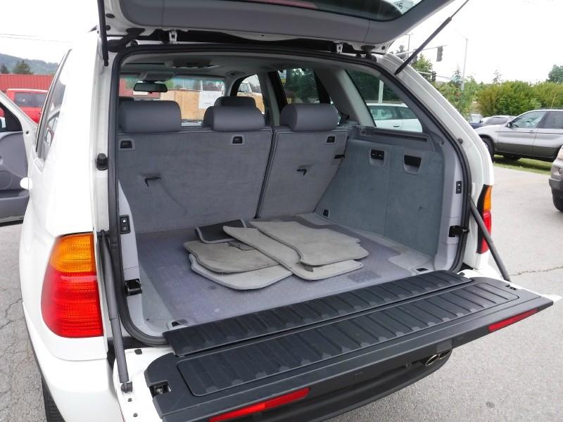 BMW X5 2003 price