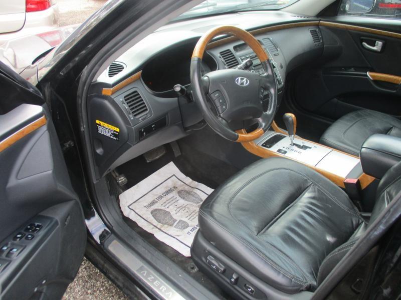 HYUNDAI AZERA 2006 price $4,995