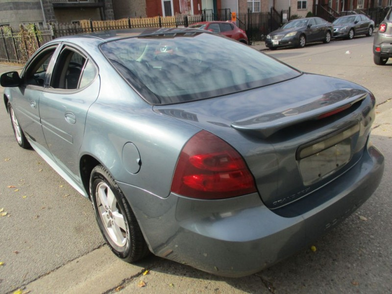 PONTIAC GRAND PRIX 2006 price Call for Pricing.