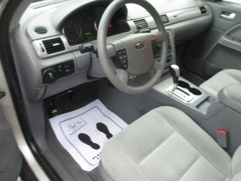FORD FIVE HUNDRED 2006 price