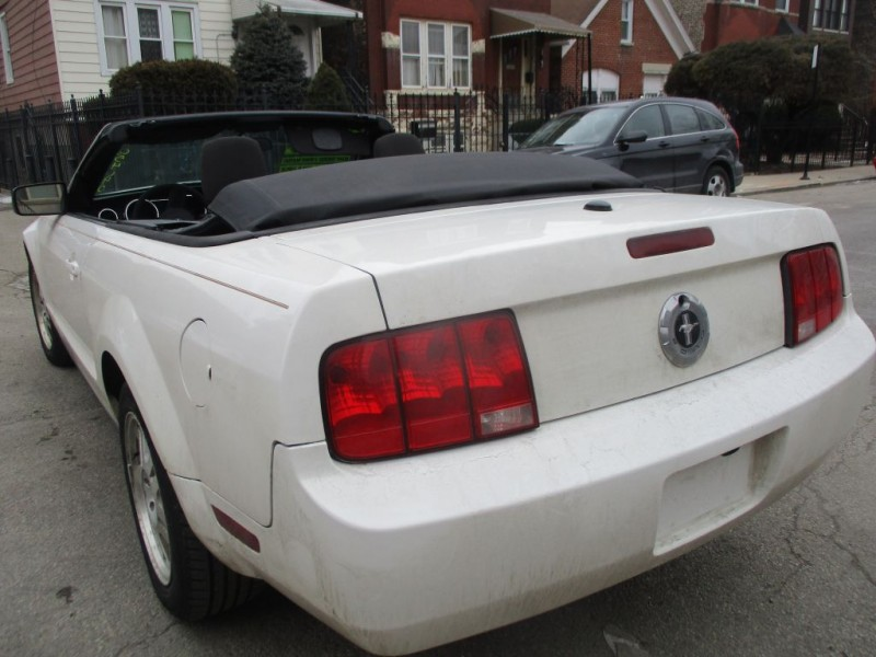 FORD MUSTANG 2007 price $4,995