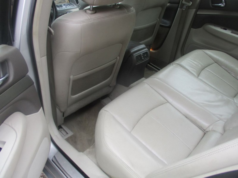 INFINITI G37 2011 price $9,995