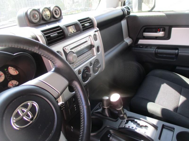 TOYOTA FJ CRUISER 2007 price $9,995