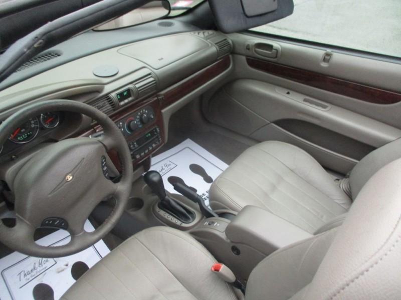 CHRYSLER SEBRING 2002 price $2,995