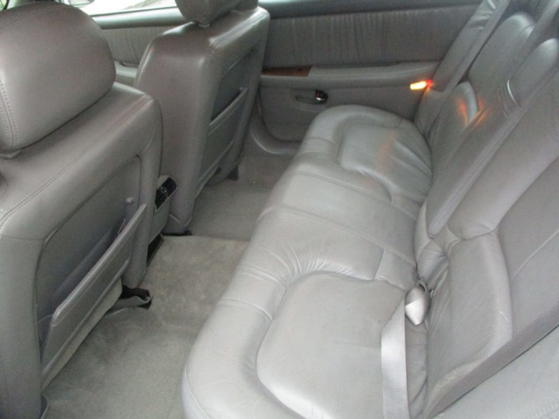 BUICK PARK AVENUE 2000 price $4,495