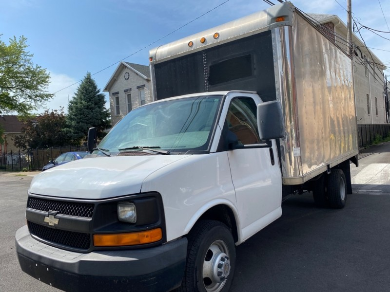 CHEVROLET EXPRESS G3500 2009 price $8,995