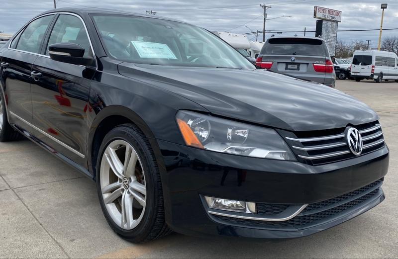Volkswagen Passat 2014 price $8,900