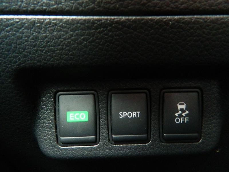 Nissan Sentra 2014 price $8,925
