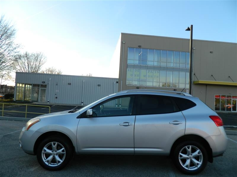 Nissan Rogue 2009 price $6,970