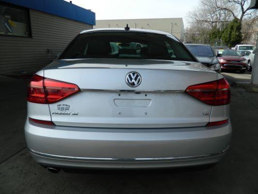 Volkswagen Passat 2016 price $11,985