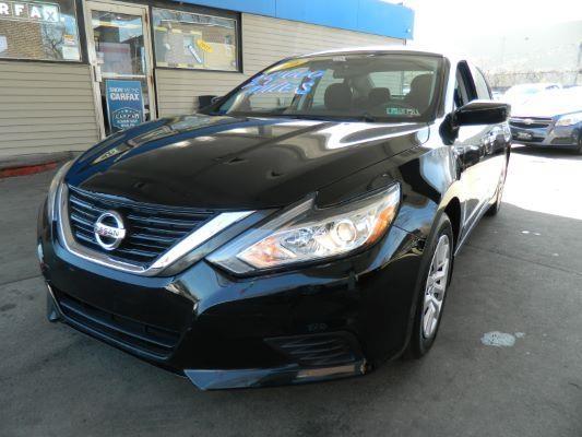 Nissan Altima 2016 price $13,940