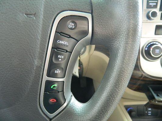 Hyundai Santa Fe 2012 price $8,925