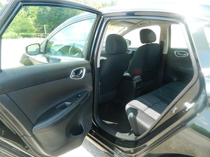 Nissan Sentra 2016 price $12,920