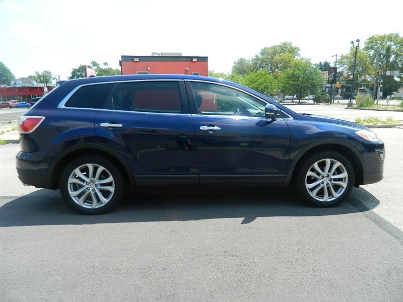 Mazda CX-9 2012 price $10,965