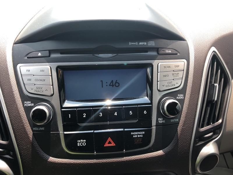 Hyundai Tucson 2012 price $7,990