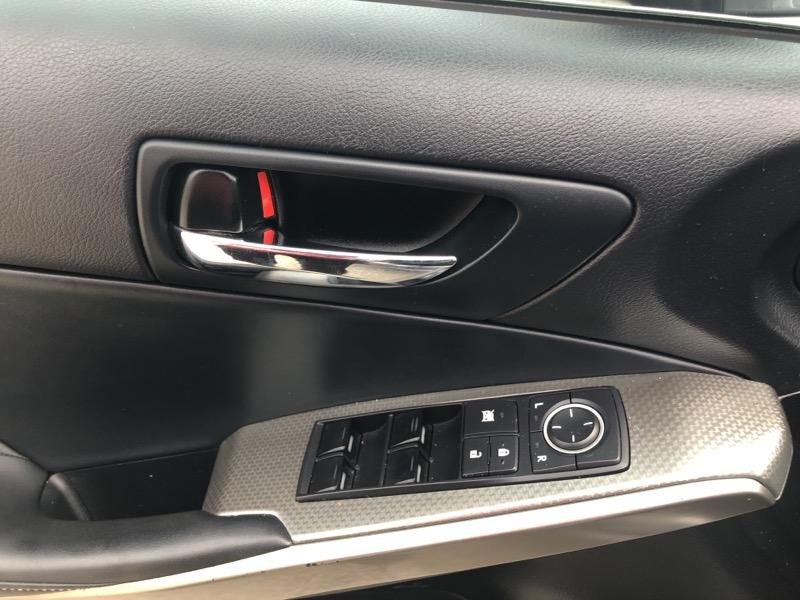Lexus IS 2014 price $16,915