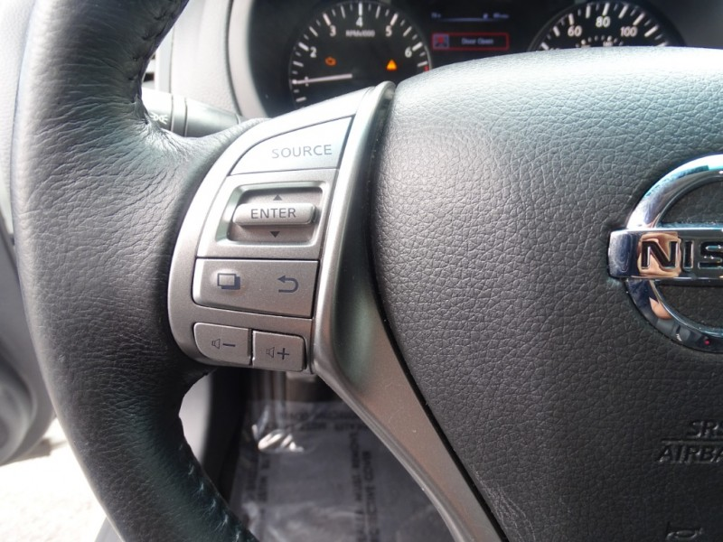 Nissan Altima 2015 price $12,229