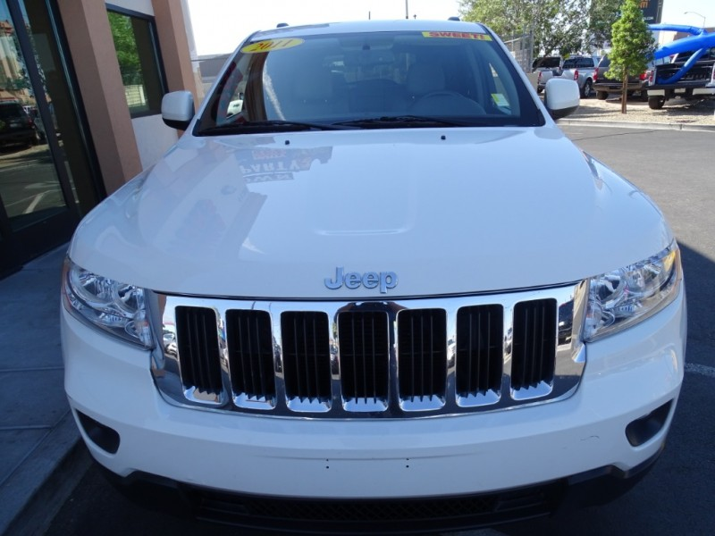 Jeep Grand Cherokee 2011 price $10,995