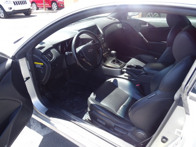 Hyundai Genesis Coupe 2013 price $14,995