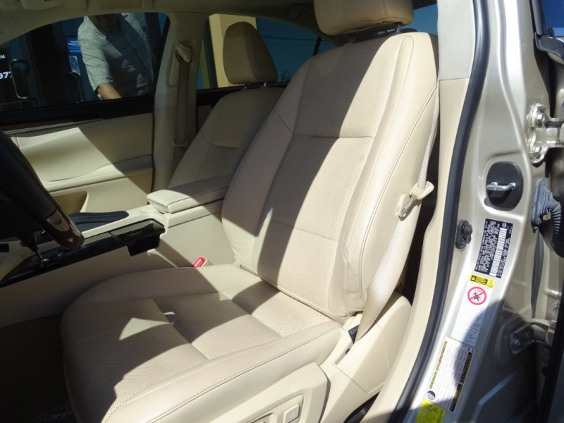 Lexus ES 350 2014 price $19,995