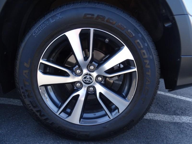 Toyota RAV4 2018 price $21,995